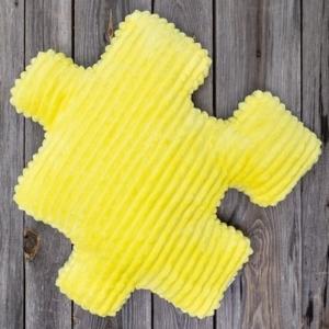 żółta poduszka dla dzieci w kształcie puzzla Nice Time