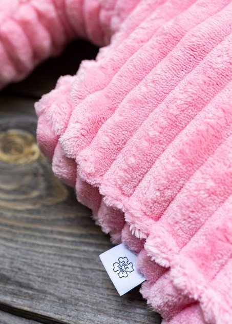 minky puzzel różowa poduszka dla dziewczynki