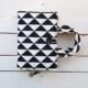 etui z materiału hand made czarno - białe romby
