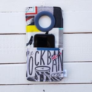 Cool kieszonka do ładowania telefonu Coolphone Punk Rock z przyszytą gitarą
