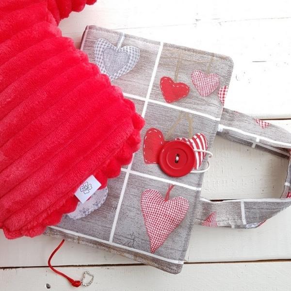 komplet na Walentynki poduszka i okładka na książkę