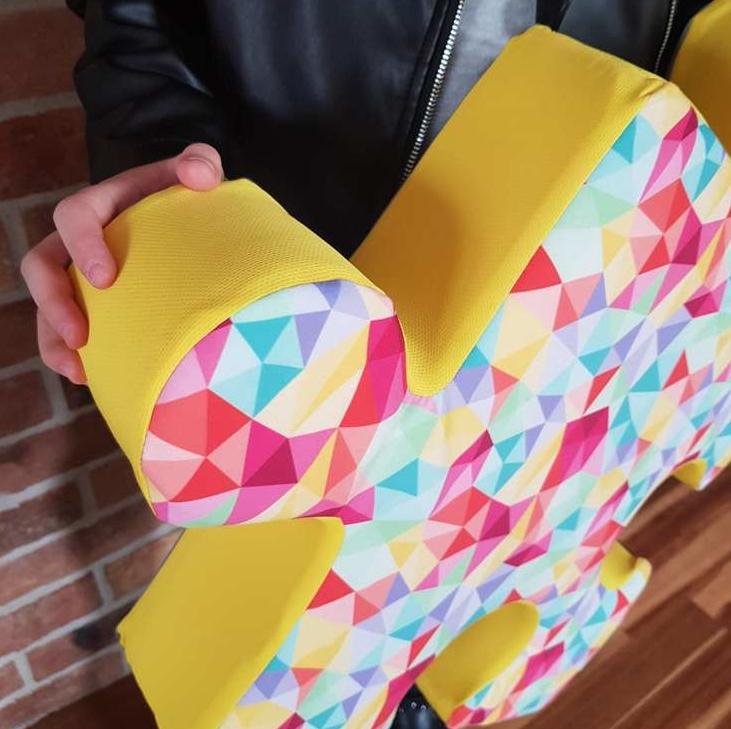 kolorowe poduchopuzzle welurowe Nice Time