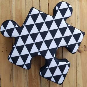 poduchopuzzel wodoodporny trójkąty czarno - białe