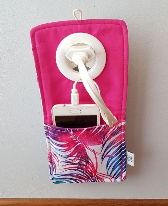 Wodoodporny coolphone w gniazdku - Nice Time