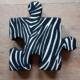 Zebra poduchopuzzle welurowe do układania maty do zabawy Nice Time