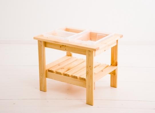 Stolik sensoryczny wykonany z litego drzewa brzozowego